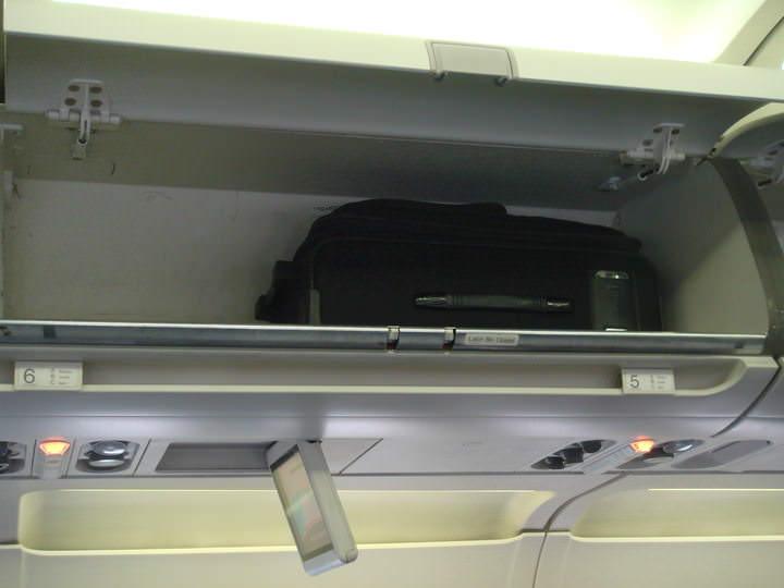 In aereo con il bagaglio a mano guida definitiva 2018 - Easyjet cosa si puo portare in aereo ...